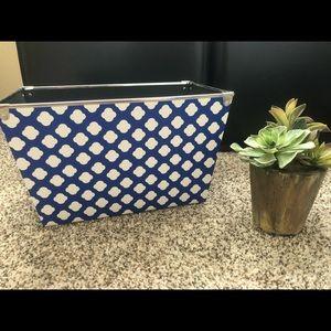 Blue and white storage bins (5 total)